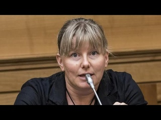 Covid-19 : Sara Cunial une députée Italienne accuse Bill Gates de crime contre l'humanité .