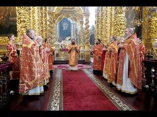 В день равноапостольных Мефодия и Кирилла митрополит Исидор совершил Литургию в кафедральном соборе