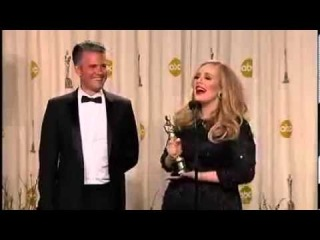 Adele Backstage After Receiving Oscar Award for 'SKYFALL'