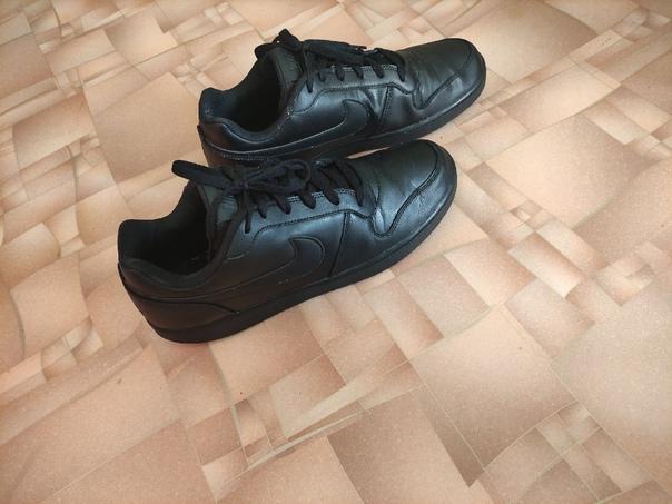 Кеды Nike originalЦена 2500 возможен торгСинарский...
