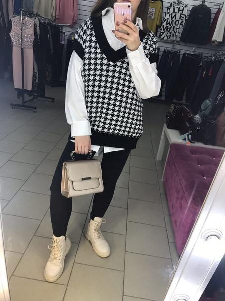 В магазине женская одежда ТД МАКСИМОВА ГОРКА новое...