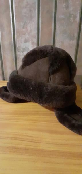 Продаю зимнюю шапку для девочки 5-8 лет из натурал...