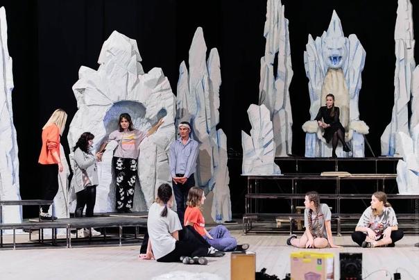 В музыкальном театре Натальи Колдашовой вовсю идет...