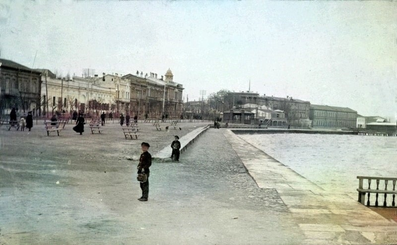 О Спицынской улице и семействе Месаксуди, изображение №1