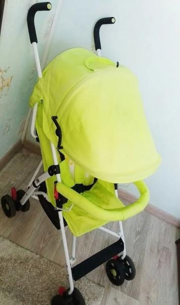 Продам коляску очень лёгкая для мамы, складывается...